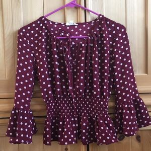 Tops - Cute Polka dot top